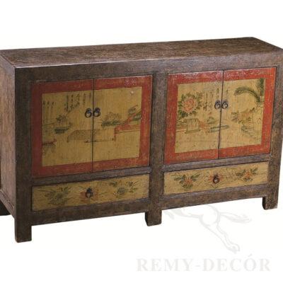 komod iz dereva s tradiconnym risunkom v kitajskom stile
