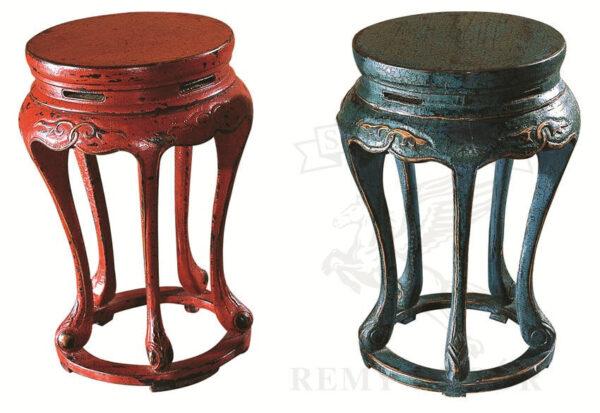 krasnyj i sinij taburety starinnye v kitajsko tradicionnom stile