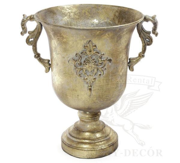 Латунная ваза с узором и ручками