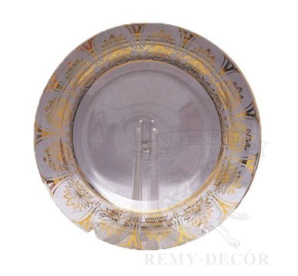 prozrachnaya podstanovochnaya tarelka s zolotym arnamentom kruzhevo