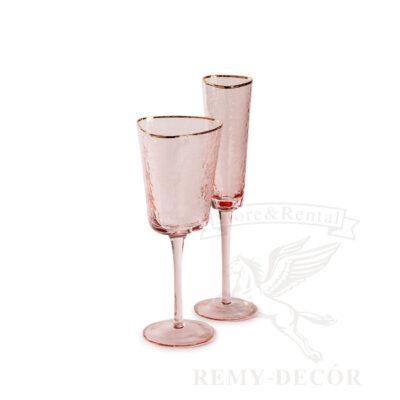 rozovo dymchatye bokaly dlya vina i shampanskogo s zolotym obodkom