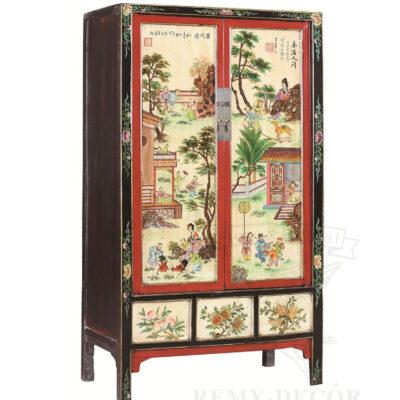 shkaf iz dereva s tradicionnym risunkom v kitajskom stile