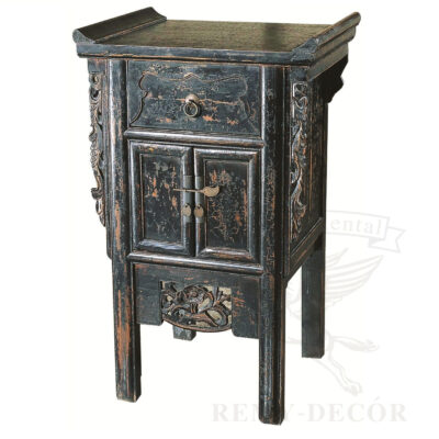 starinnaya konsol s vydvizhnym yashhikom s reznym ornamentom v aziatskom stile