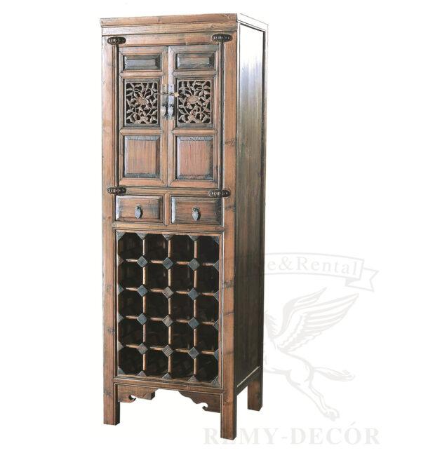 starinnyj derevyannyj shkaf so stojkoj dlya vina s vydvizhnymi yashhikami kitajskij stil