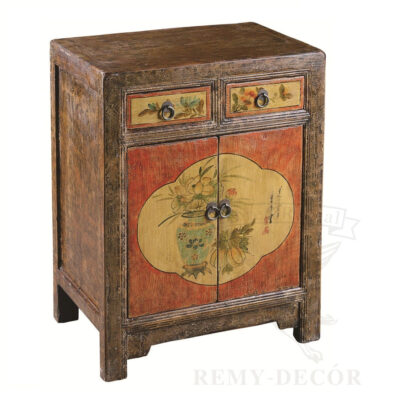 starinnyj komod iz dereva s ruchnym risunkom v kitajskom stile