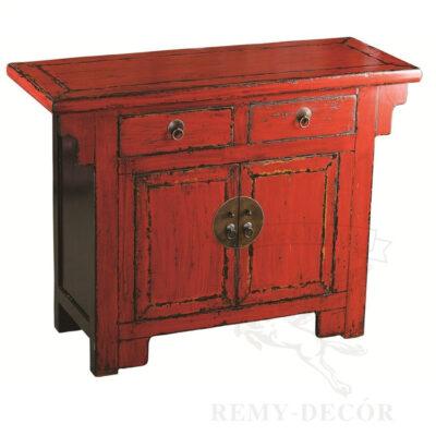 Старинный красный комод из дерева с ящиками