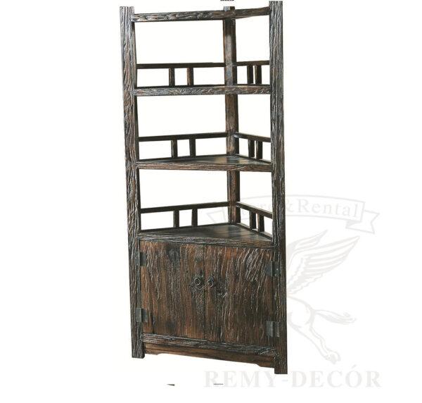 treugolnyj derevyannyj shkaf v tradicionno kitajskom stile