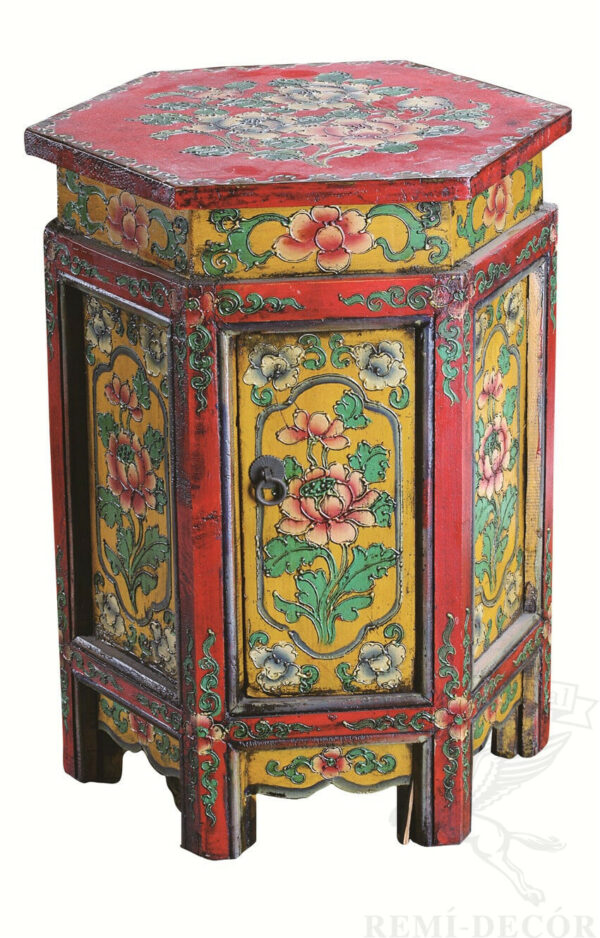tumba puf s tradiconno kitajskim risunkom