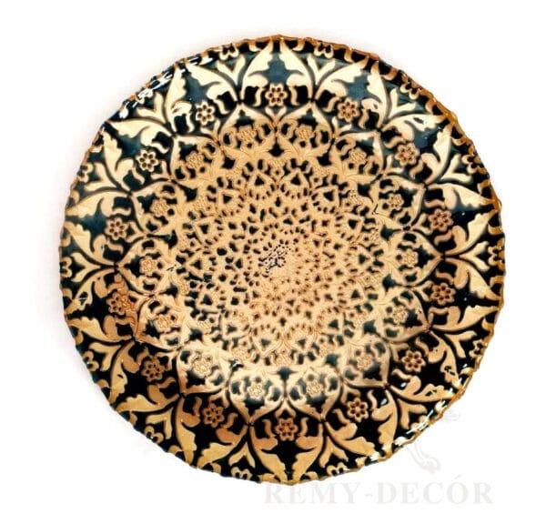 tarelka podstanovochnaya s arabskim uzorom v bezhevom cvete