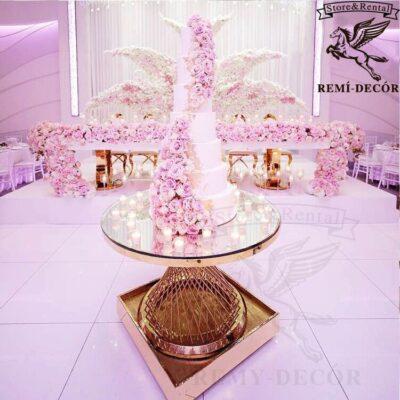 stolik dlya torta royal gerold vysokij v restoran kafe iz nerzhavejki v zolote