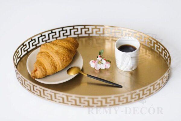 ovalnyj podnos dlya deserta s figurnym bortikom
