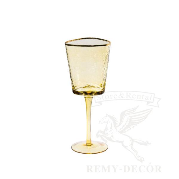 fuzher dlya vina iz yantarnogo stekla s zolotym obodkom